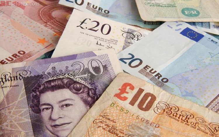 英镑持续下探,兑欧元及美元都前景堪虞。 (图/取自易汇网)