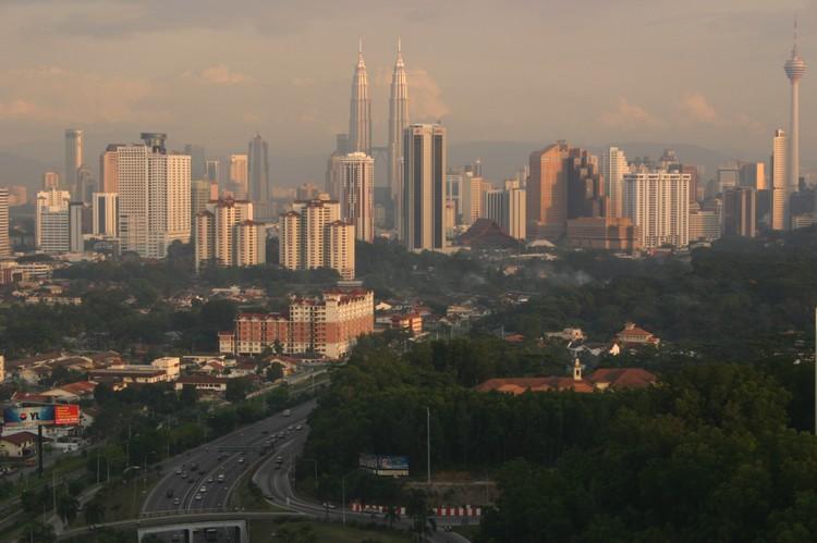 房政部长丹斯里诺奥马希望槟州政府尊重中央对外国人购买大马房产的最低额度限制。(图/取材自马来西亚观光局网站)