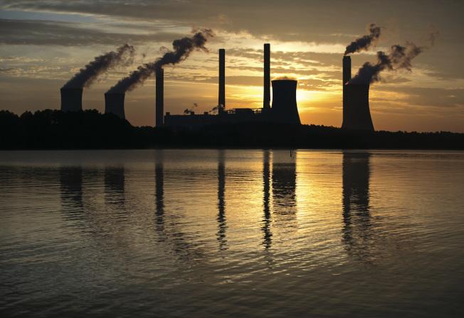 美国污染最严重的地区之一,乔治亚州夏乐火力发电厂。 (美联社)